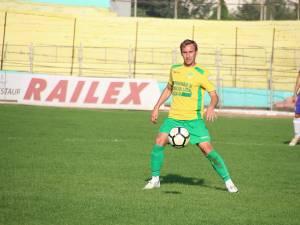 Basarabeanul Teodor Lungu a fost unul dintre cei mai buni jucători ai Forestei în partida de la Dorohoi.