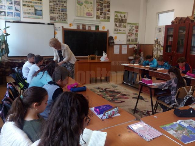 Activitatea de stimulare a lecturii în rândul elevilor este coordonată de Asociația Română de Literație (ARL)