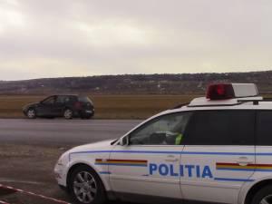 Un şofer băut a lovit cu maşina o țeavă de gaz metan şi a fugit de la locul faptei