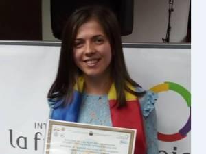 """Teodora Iulia Juncu, de la Colegiul Naţional """"Petru Rareş"""" Suceava"""