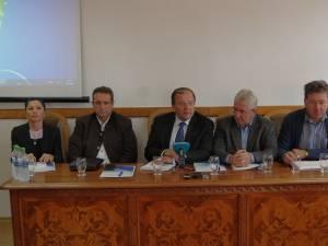 """Oportunitățile și beneficiile învățământului profesional au fost dezbătute și analizate joi, la Colegiul Tehnic """"Petru Mușat"""" Suceava"""