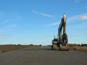 Au fost aduse primele utilaje pe tronsoanele nefinalizate ale şoselei de centură a Sucevei