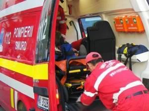 În urma accidentului rutier femeia a fost preluată de un echipaj de la Ambulanța Suceava și transportată la UPU