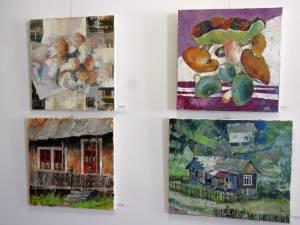 28 de tablouri pictate de 14 artişti plastici din trei ţări, pe simezele Muzeului de Istorie