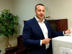 Viceprimarul Sucevei, Lucian Harșovschi, a votat din Statele Unite ale Americii