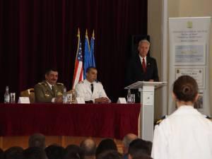 """Excelența Sa ambasadorul SUA în România, în vizită la Colegiul Național Militar """"Ștefan cel Mare"""""""
