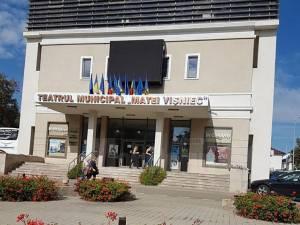 """La Teatrul Municipal """"Matei Vişniec"""" participanţii vor prezenta în concurs repertorii autentice din zonele etnofolclorice de provenienţă"""