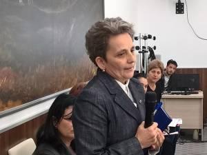 Mihaelei Dalida Anchidin, director general al Direcţiei Judeţene de Drumuri şi Poduri