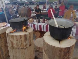 Bucătăria tradiţională își aşteaptă oaspeţii