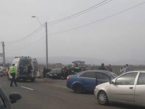 Accidentul s-a petrecut ieri, în jurul orei 14.30, pe drumul naţional 17A, care face legătura între Rădăuţi şi Marginea
