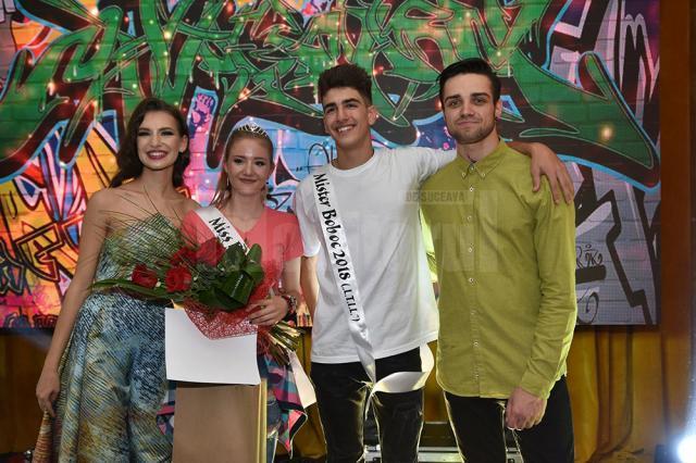 """Iulia Badale și Rareș Silviu Carază (mijloc) - Miss și Mister Boboc la Liceul ,,Ion Luca"""" Vatra Dornei"""