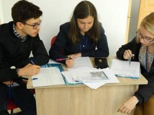 Denisa Spoială, David Tofan și Bianca Beldiman au format echipa câștigătoare