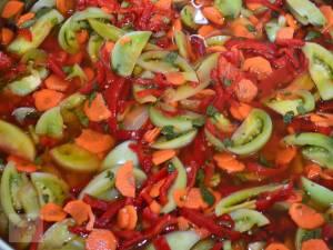 Salata de toamnă cu muștar și hrean