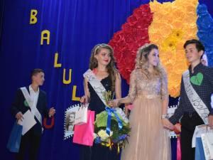 Adelina-Maria Vîntu - Miss Boboc şi Alin-Constantin Iliesi - Mister Boboc