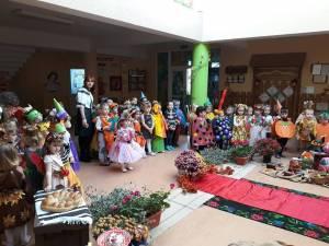 """Festivalul Toamnei, la Școala Primară """"Sf. Ioan cel Nou de la Suceava"""""""