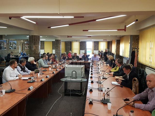 Consiliul Local Suceava, întrunit ieri în ședință extraordinară