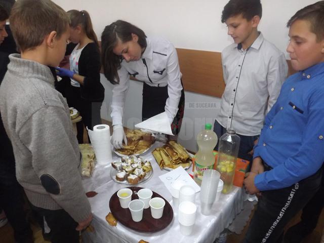 """Proiect educaţional """"Carnavalul Toamnei"""", la Şcoala Gimnazială """"Vasile Tomegea"""" Boroaia"""