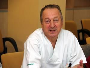 Medicul-șef al AIT Suceava, dr. Dorin Stănescu, a declarat că starea copilului era stabilă, din punct de vedere al funcțiilor vitale