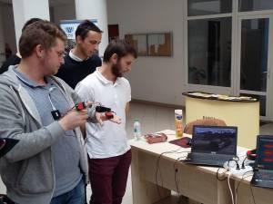 Studenții au petrecut împreună 25 de ore încercând să găsească soluții pentru tematica concursului