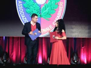 Andrea Sarti și Tatiana Perhinschi, prezentatorii evenimentului caritabil de la Rimini