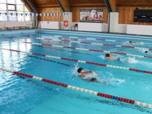 Bazinul de înot al USV