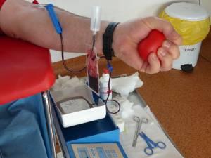 Campanie de donare de sânge, iniţiată de studenţi ai Universităţii din Suceava