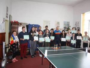 """Elevii din Pârteştii de Jos s-au întrecut la tenis de masă la Cupa """"Centenarului"""""""