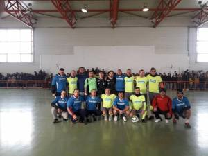 Sala de sport din Dolhasca a fost plină cu ocazia evenimentului organizat în sprijinul familiei Buleu
