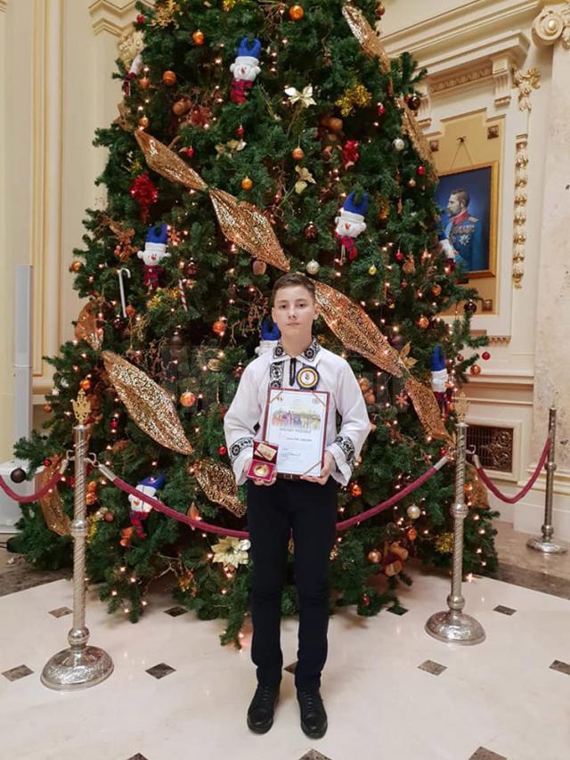 """Premiul I a fost acordat elevului Sebastian Pitic, din clasa a VI-a, de la Liceul Tehnologic """"Ion Nistor"""" Vicovu de Sus"""