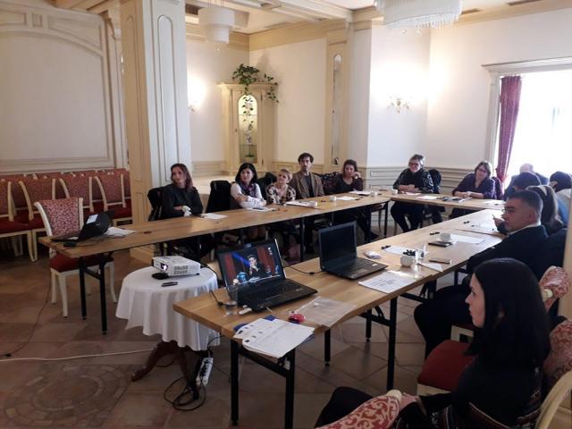 """Conferinţă de informare şi diseminare a rezultatelor proiectului """"Integrarea străinilor cu şedere legală în societatea românească - o construcţie comună"""""""