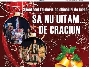 """Spectacol de datini și obiceiuri de Crăciun, susținut de Ansamblul """"Arcanul USV"""", pe scena Universității"""