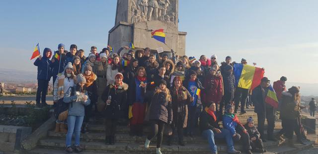 În excursie la Alba Iulia, de 1 Decembrie