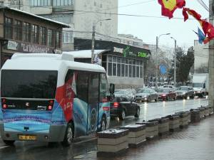 Sucevenii au ocazia, de vineri, să circule gratuit cu un prim autobuz electric Karsan Jest
