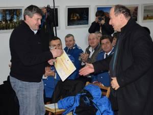 Primarul Cătălin Coman și profesorul Petru Crăciun