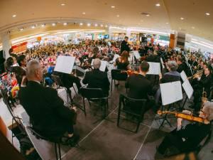 Concert extraordinar de Crăciun la Iulius Mall Suceava, susținut de Filarmonica de Stat Botoșani
