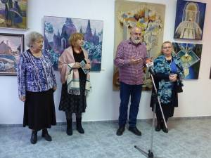 """Asociația """"Artă și Umanitate"""" a marcat 10 ani de activitate într-un cadru festiv"""