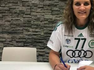 Crina Pintea va purta tricoul cu numărul 77. Foto: www.sport.ro