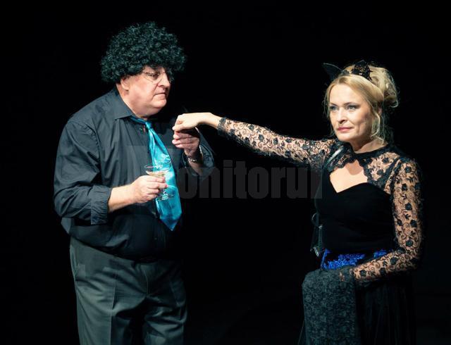 Actorii Constantin Cotimanis și Iulia Dumitru