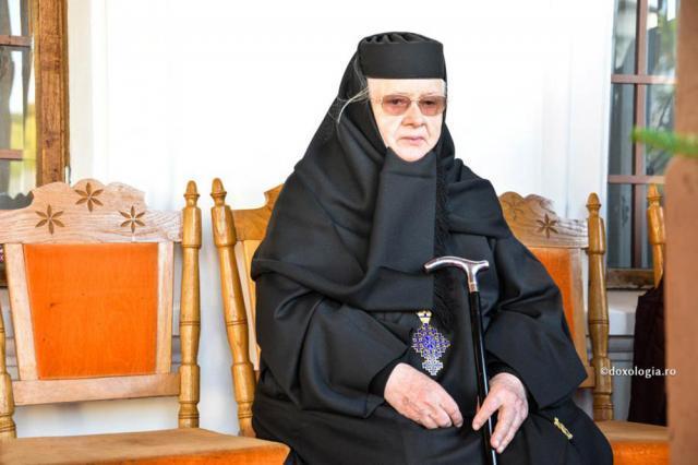 Maica Teofana Scântei - 50 de ani de stăreţie la Mănăstirea Vorona