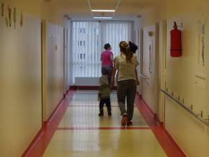 Accesul vizitatorilor în Spitalul de Urgenţă Suceava, restricţionat la o oră pe zi, din cauza apariţiei gripei