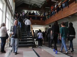 250 studenţi și masteranzi vor beneficia de stagii de practică plătite din fonduri europene