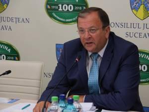 Preşedintele CJ Suceava, Gheorghe Flutur, i-a transmis, ieri, public mulţumiri doctorului Doina Ganea Motan