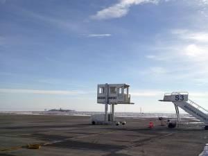 Aeroportul Suceava dispune de un ambulift pentru îmbarcarea persoanelor cu mobilitate redusă