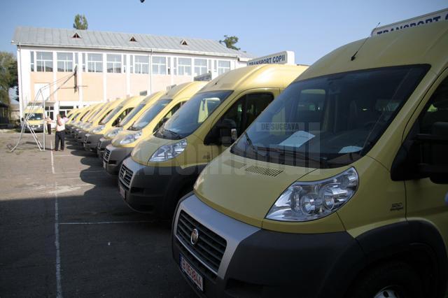 Inspectoratul Școlar Suceava a solicitat de la București microbuze pentru transportul elevilor din mediul rural