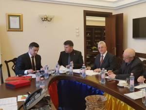 """Primarii din Asociația """"Moldova se dezvoltă"""" în ședința de la Iași"""