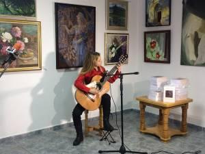 """25 de artişti, membri ai Filialei Suceava a Uniunii Artiştilor Plastici Profesionişti, şi-au expus lucrările la Galeria """"Ion Irimescu"""" Suceava"""