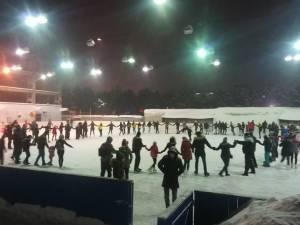 Aproape 3.000 de lei adunați la evenimentul caritabil organizat de Grupul de Inițiativă al Fundației Comunitare Bucovina