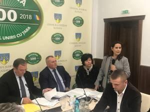 Procurorul-şef al DNA Suceava, Mihaela Mihai, în plenul CJ