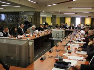 Consiliul Local a aprobat investiţii de 28 de milioane de lei, din credite