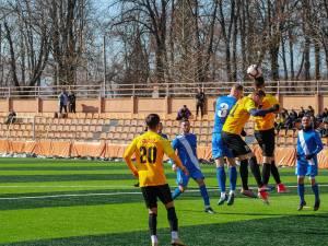 CSM Bucovina Rădăuţi s-a impus cu 2 - 0 în meciul test de la Ceahlăul Piatra Neamţ. Foto Cristian Plosceac